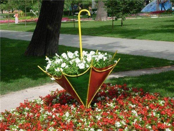 Клумба-зонт