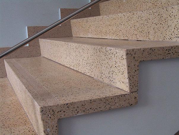 Варианты отделки бетонной лестницы