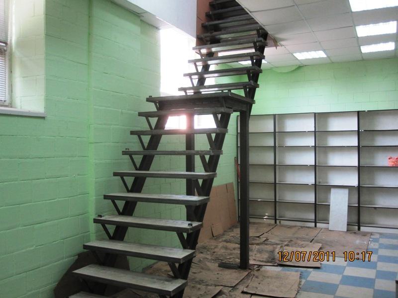 Лестницы на балках