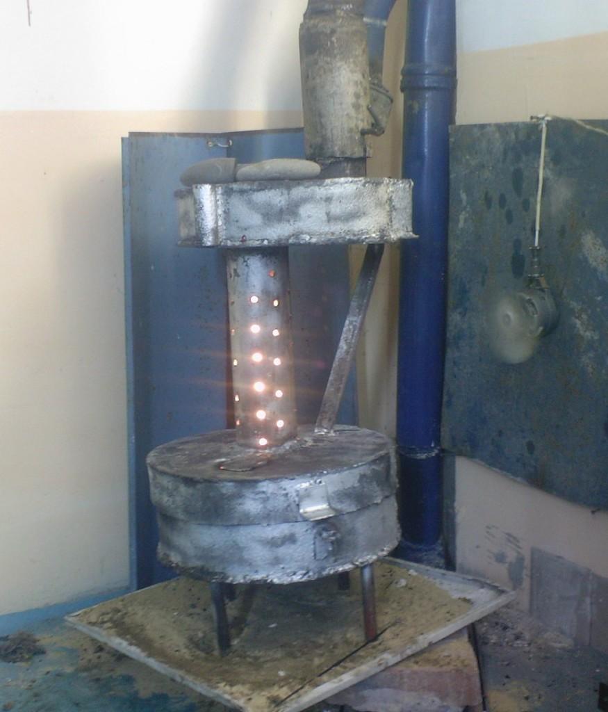 Печка на отработке в гараж