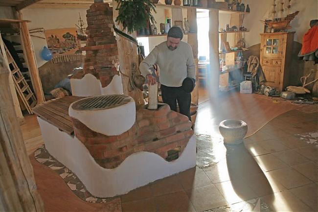 Печь-лежанка, построенная по принципу печи-ракеты