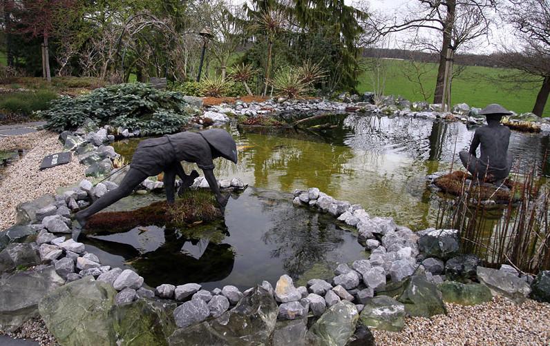 Пруд в саду Ады Хофман, Нидерланды