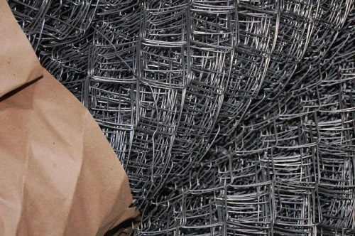 Сетка рабица – технические характеристики и свойства