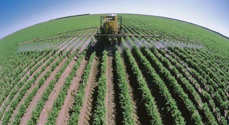 Промышленный полив посевов