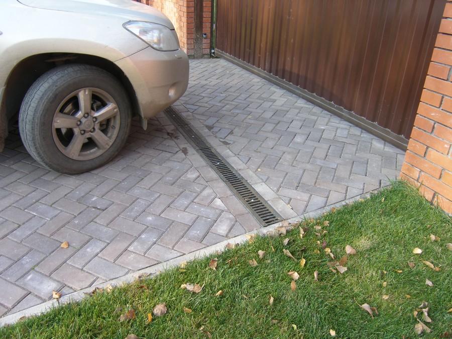 Стоянка из тротуарной плитки