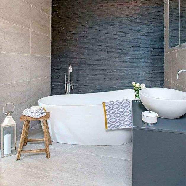 Сочетание серого в интерьере ванной