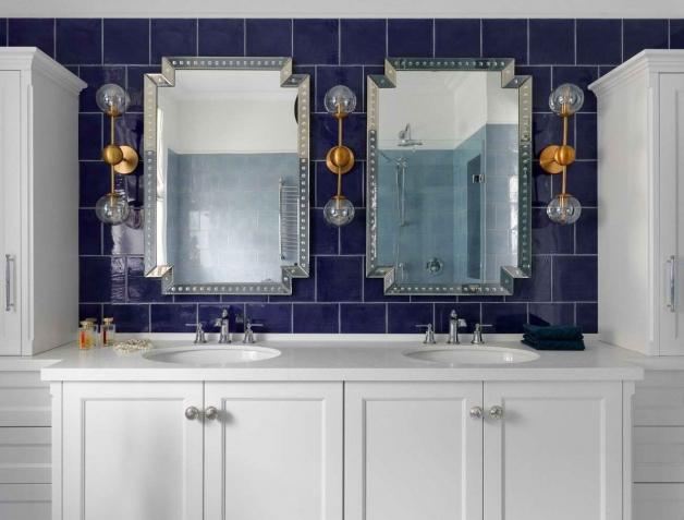Использование синих оттенков в ванной