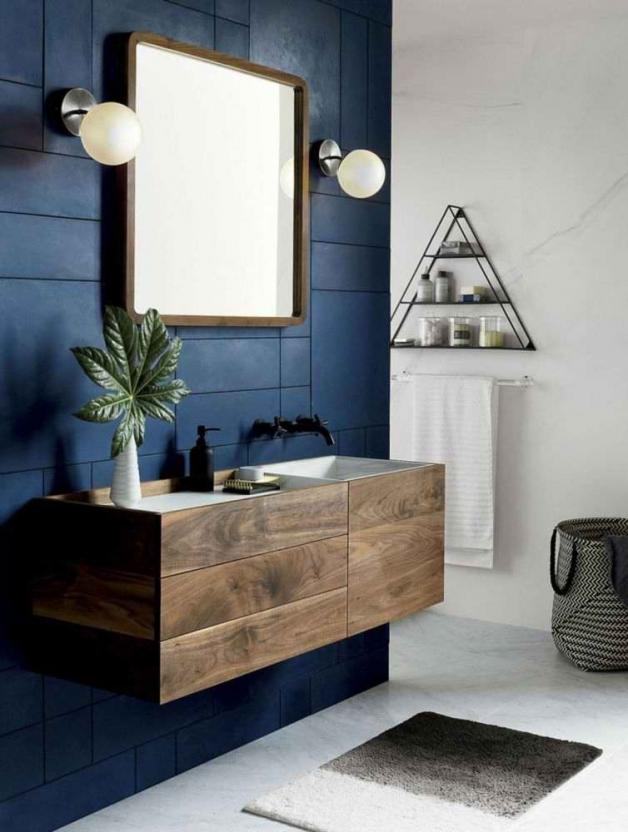 Синий цвет интерьере в ванной комнаты
